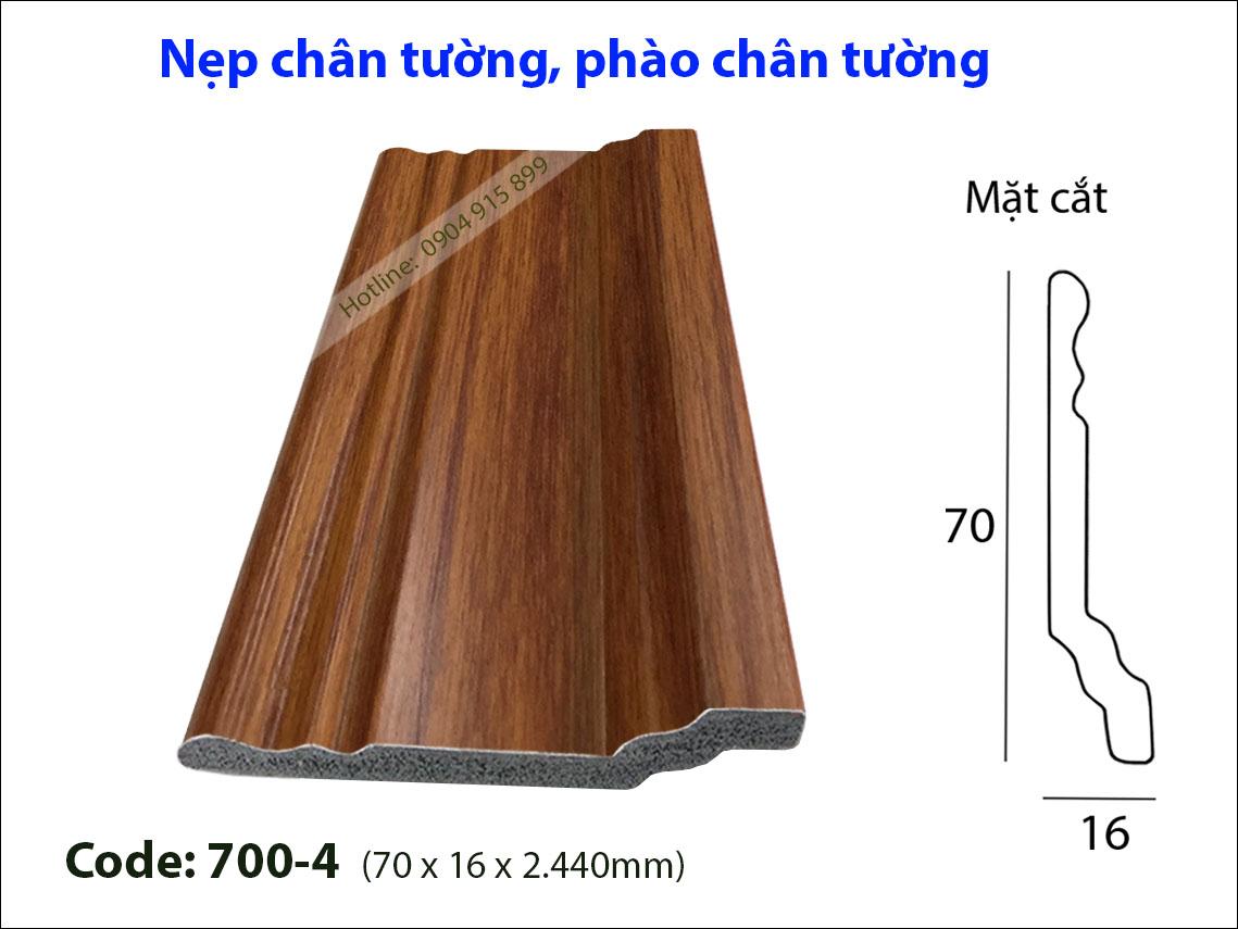 Len chan tuong 700-4