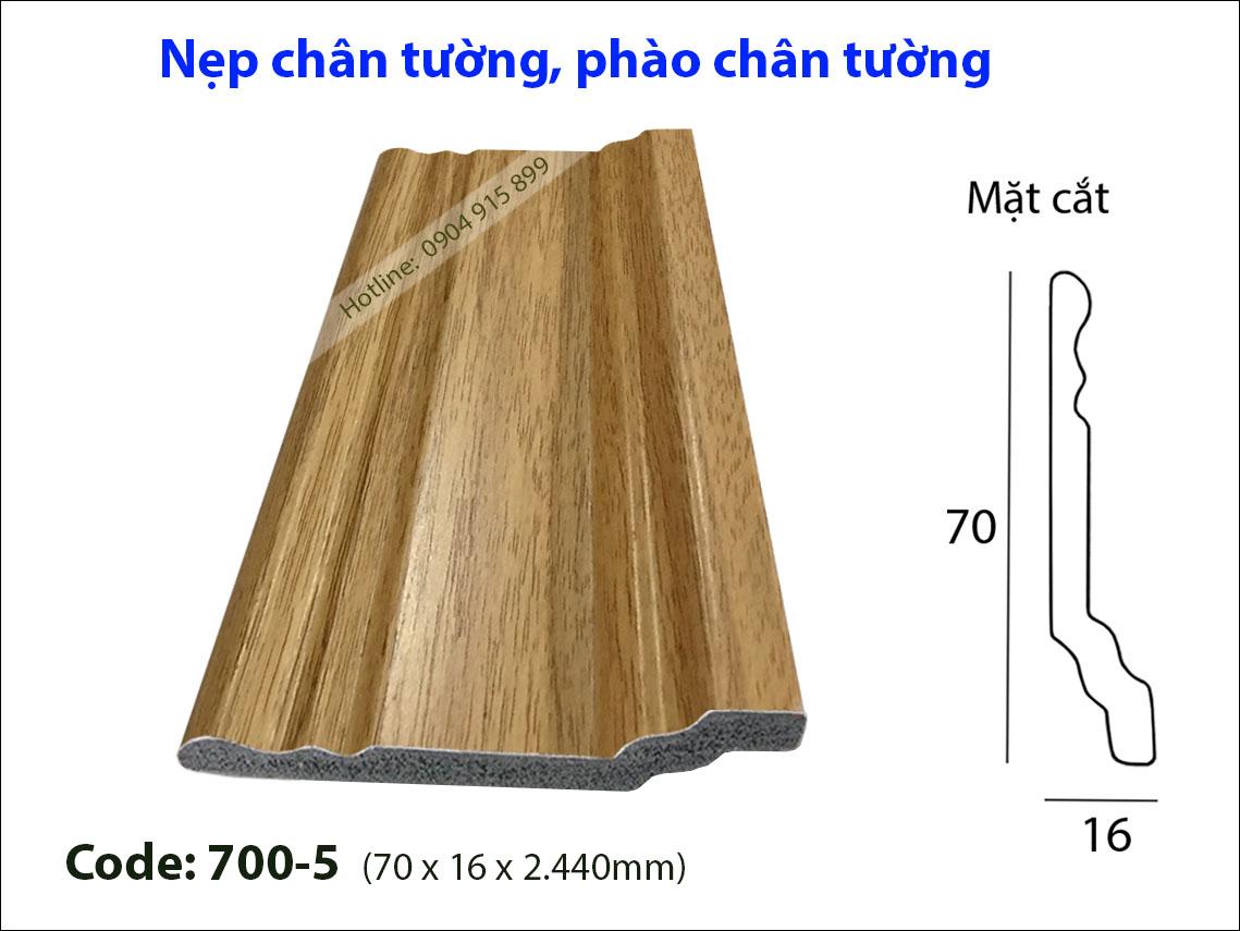 Len chan tuong 700-5