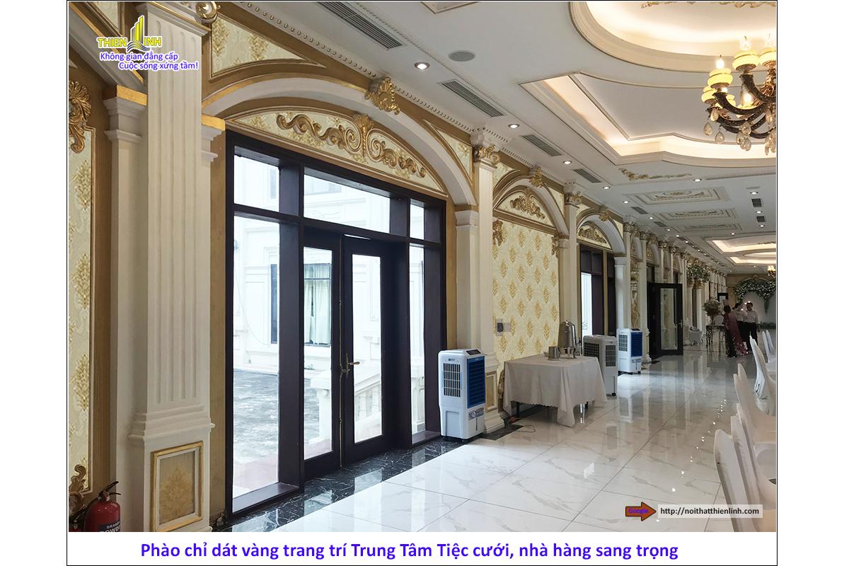 Phào chỉ dát vàng trang trí trung tâm tiệc cưới, nhà hàng sang trọng (2)
