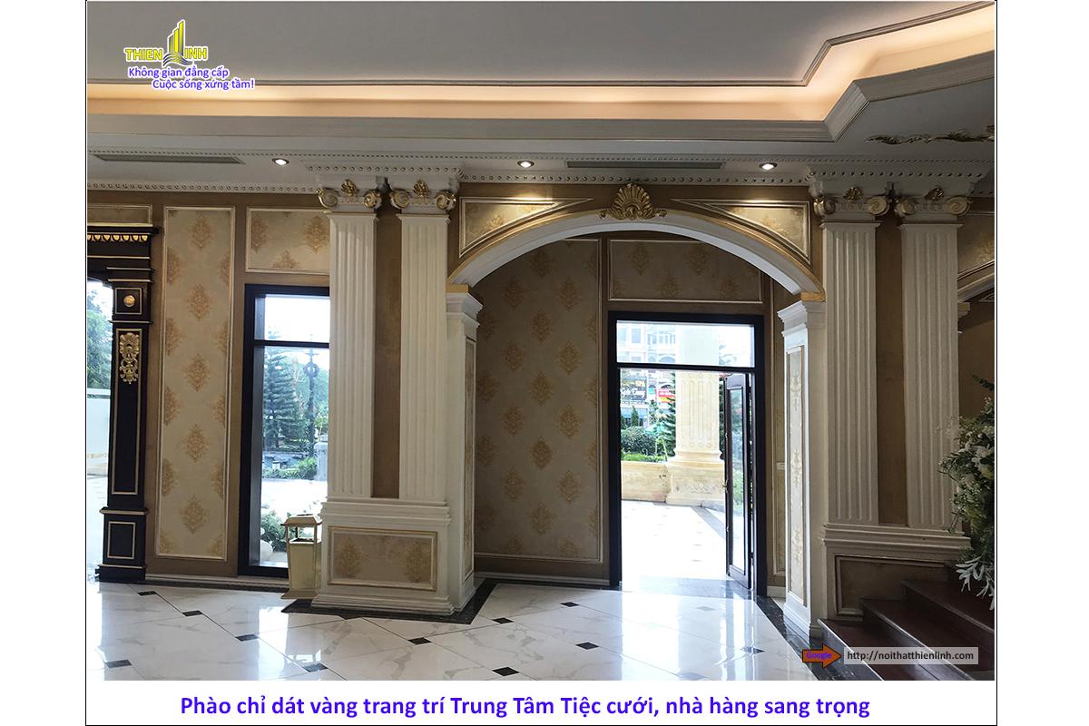 Phào chỉ dát vàng trang trí trung tâm tiệc cưới, nhà hàng sang trọng (7)