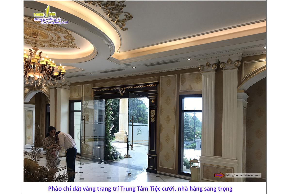 Phào chỉ dát vàng trang trí trung tâm tiệc cưới, nhà hàng sang trọng (9)